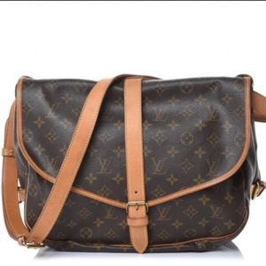 ❇️❤️Authentic❤️❇️ Shoulder/Crossbody Louis Vuitton